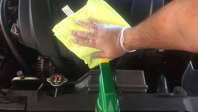 نظافت اطراف موتور